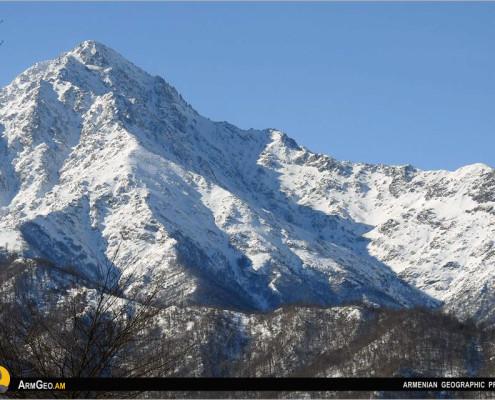 Մռավ լեռը
