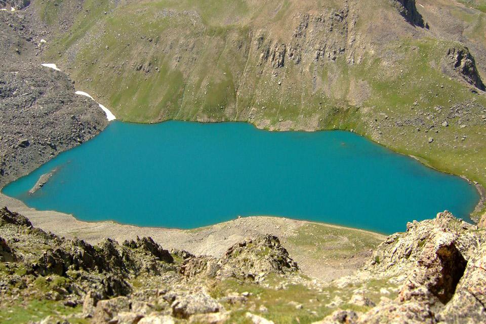 Կապուտան լիճ