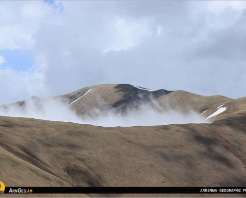 Ուրասար / Բազումի լեռներ