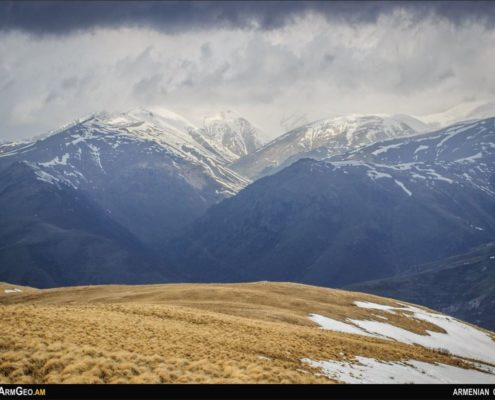 Մարիամ լեռ