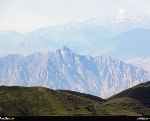 Բաղացսար / Մեղրու լեռներ