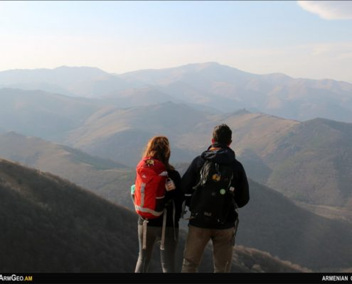 Քարհատ լեռ / Վահագնի լեռներ